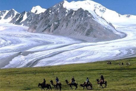 Trekking in Mongolia presso il Tavan Bogd