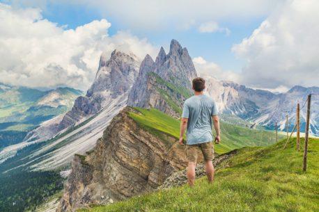 I migliori viaggi per fare trekking ed escursionismo in Italia